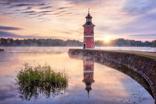 Wandbild Moritzburg - Leuchtturm zum Sommermorgen (Motiv 00695)